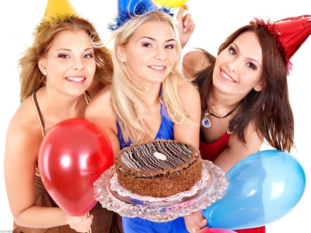 Рисунок на день рождения подруге фото